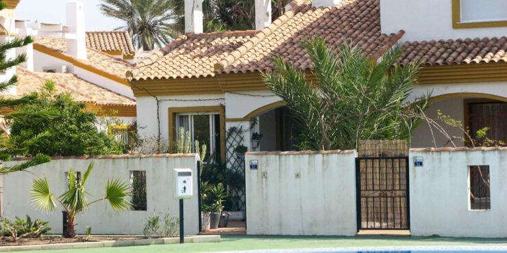 Semi-detached villa for sale in Oliva, Valencia – Ref: 009291