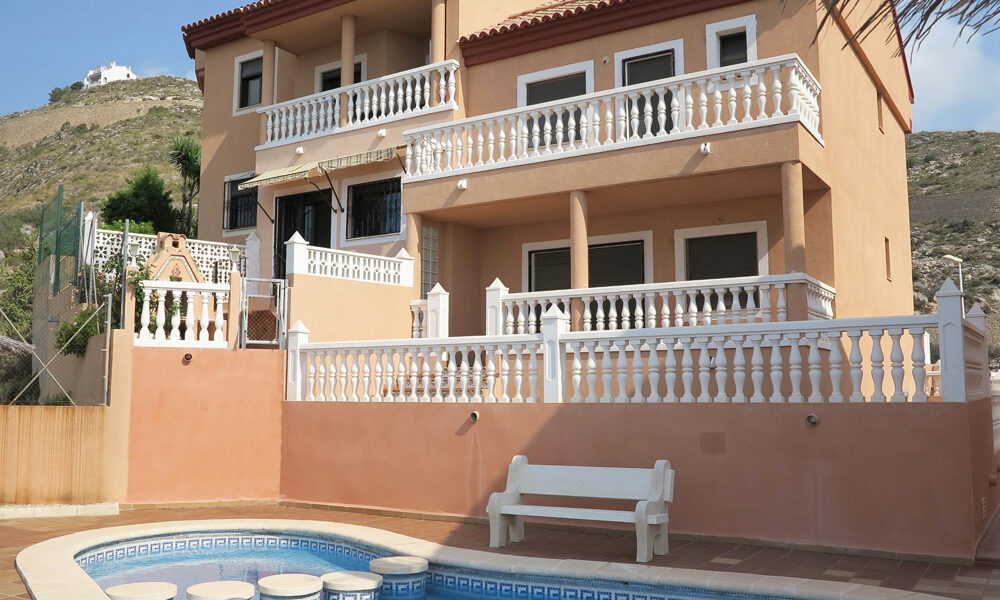 Sea view villa for sale in Cullera Valencia – Ref: 015584