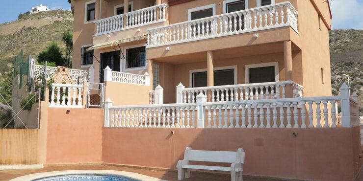 Sea view villa for sale in Cullera Valencia – Ref: 015584