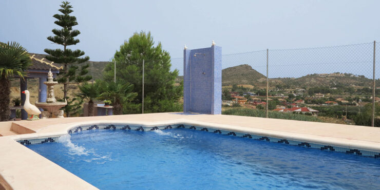 Semi-detached property for sale only 1km from Montroy Valencia – Ref: 015595