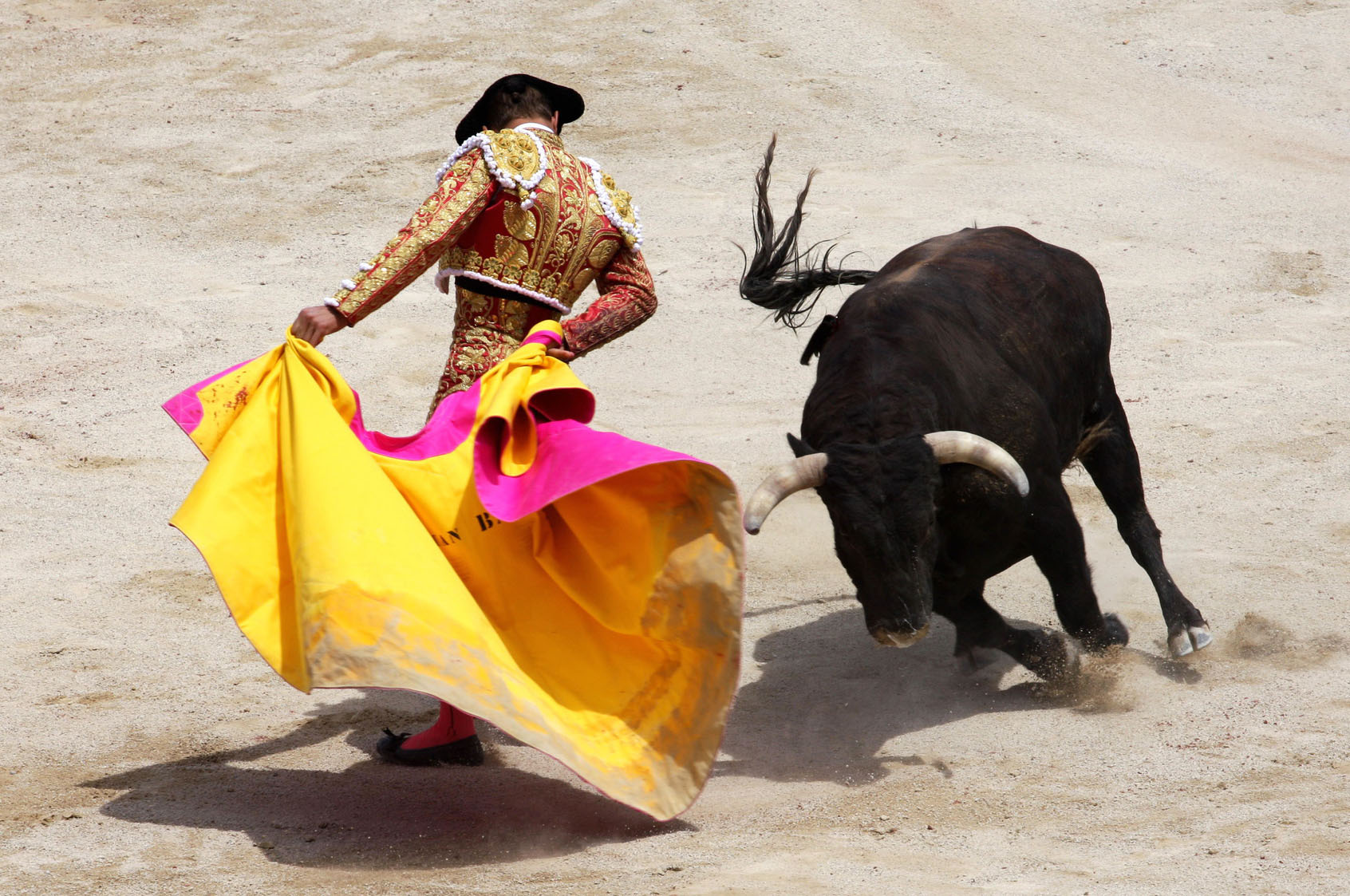 Bullfighting in Valencia – Azahar Properties