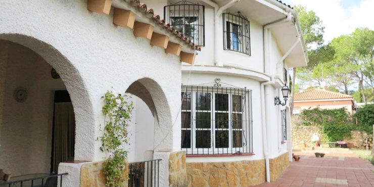Beautiful villa for sale Ventamina Valencia – Ref: 015602