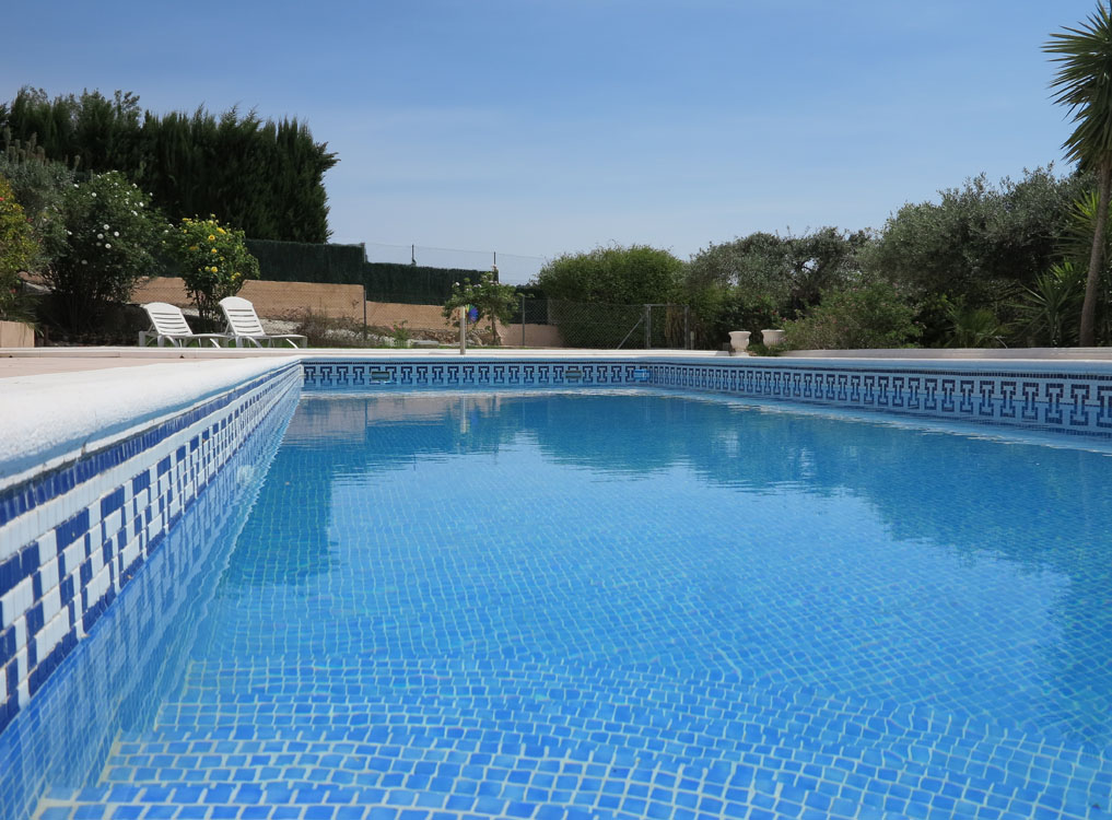 Swimming pool temp