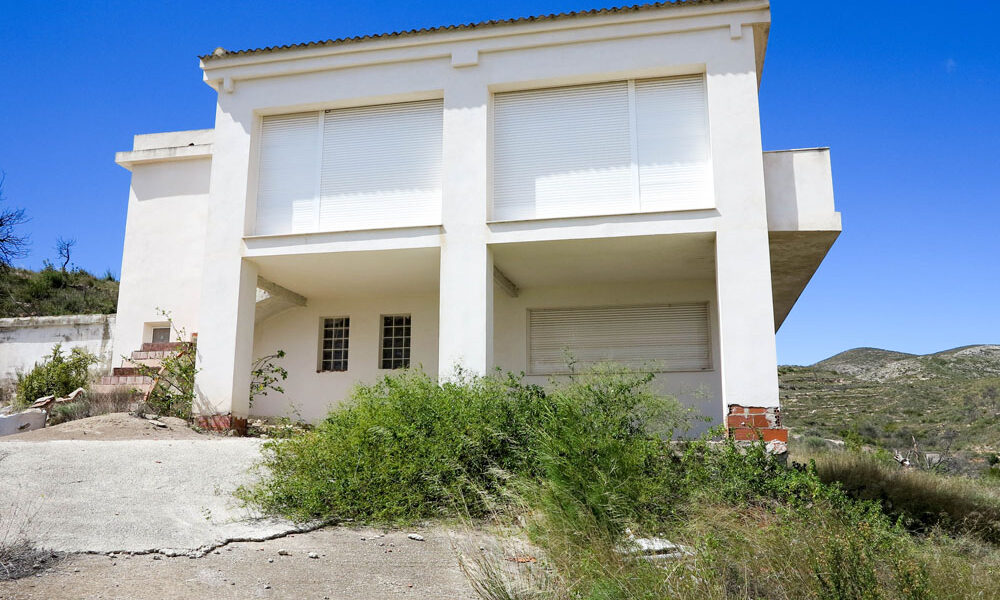 Property for reform Pedralba Valencia – 018744