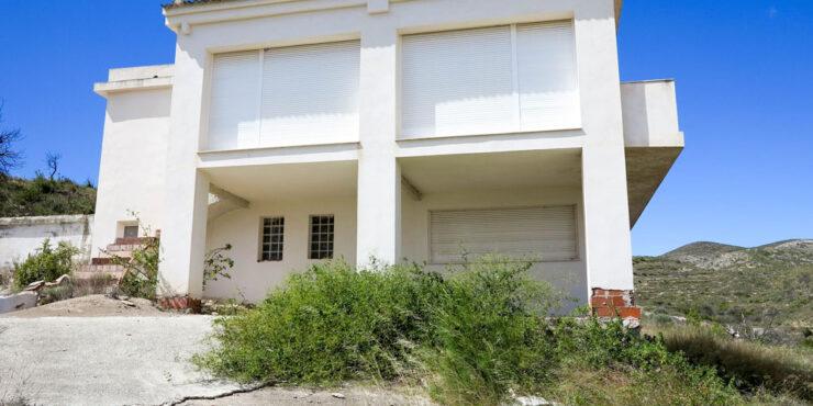 Property for reform Pedralba Valencia – 018744