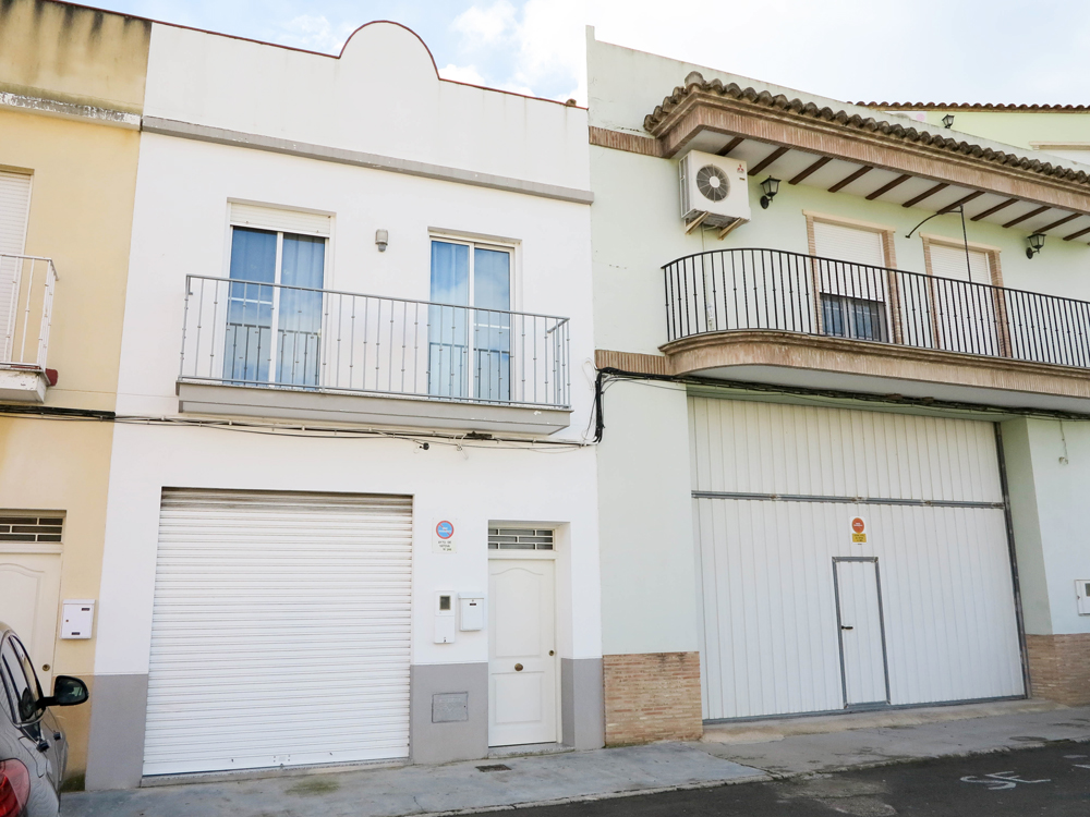 Townhouses for sale near Valencia