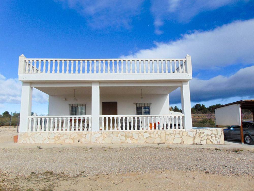 Solar powered villa for sale Cheste Valencia – 019803