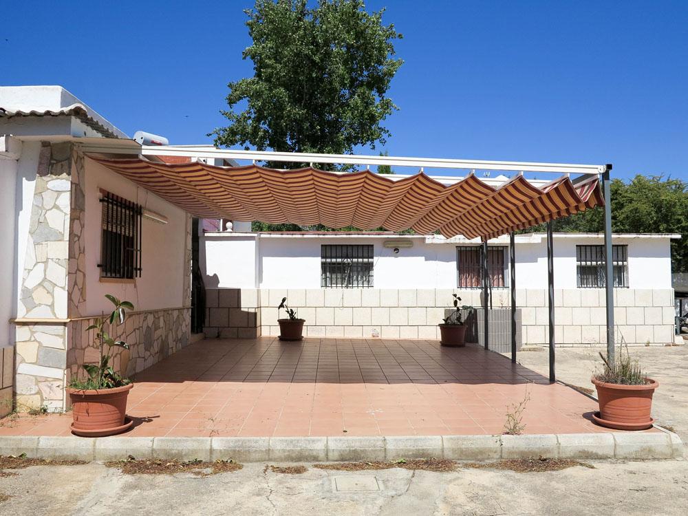 Cheap property for sale inbetween Monserrat and Torrent – 019832