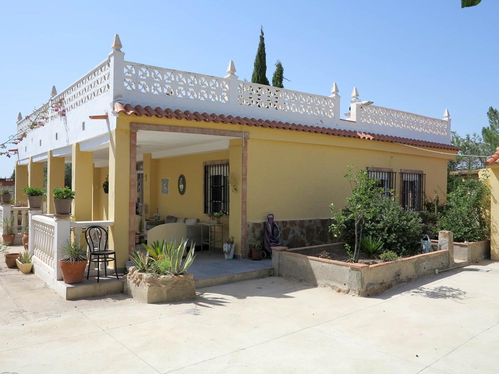 Cheap villas for sale in Valencia