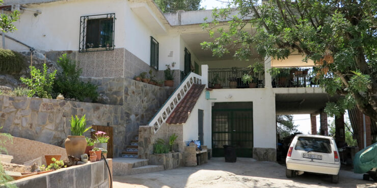 Cheap villa for sale with views of the Llombai river, Valencia – 019844SOLD