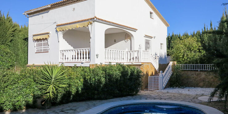 Urbano Villa for sale in Monserrat, Valencia with studio apartment – 021909