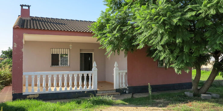Cheap villa for sale between Montroy and Monserrat, Valencia – 021940