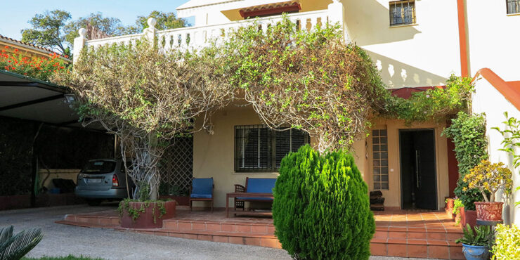 Large villa for sale on the El Vedat urbanisation, Torrent, Valencia – 021941